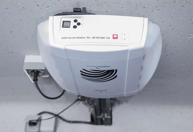 elektrische torantiebe und handsender f r garagentore zapf garagenmodernisierung wir. Black Bedroom Furniture Sets. Home Design Ideas
